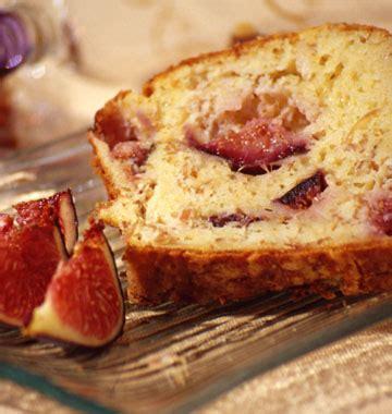 cuisiner les figues fraiches cake aux figues et au jambon cru les meilleures recettes de cuisine d 39 ôdélices