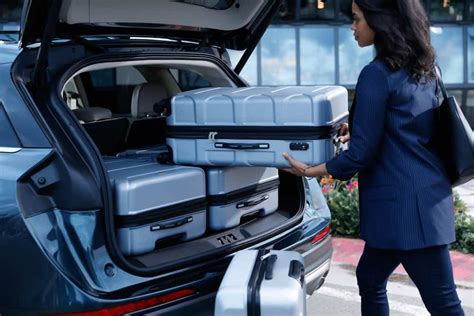 lincoln corsair preview  mid size luxury suv