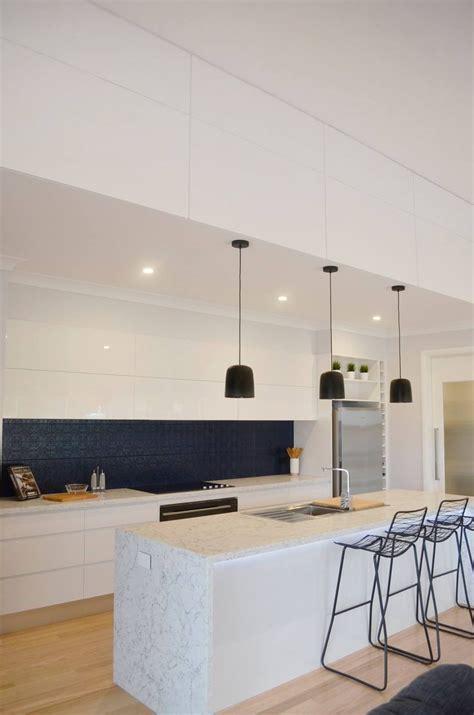 white attica hotondo homes  image kitchens