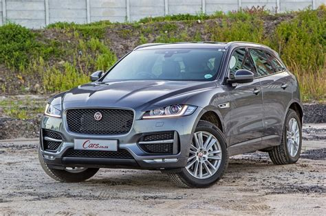 World Car Of Year (2017) Jaguar F-pace [review]