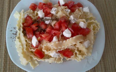 recette salade de p 226 tes mozza basilic tomates pas ch 232 re