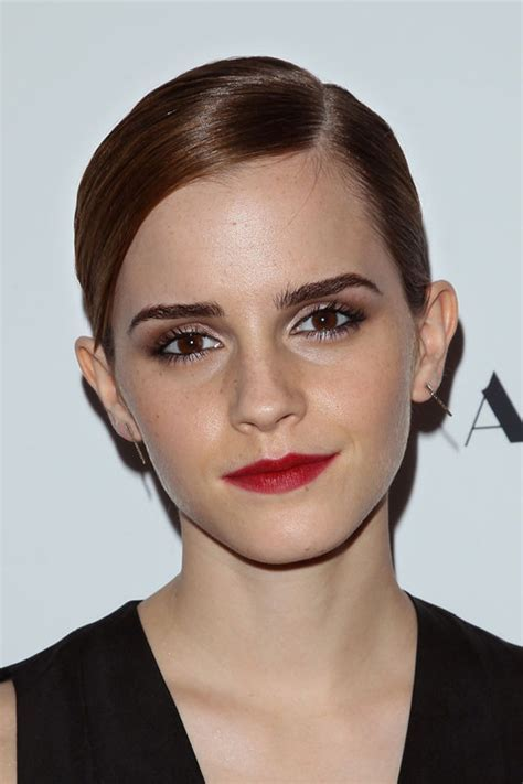 Celebrity Hairstyles With Oval Faces   Popular Haircuts