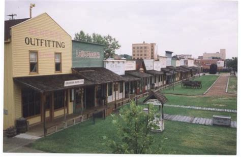Hotels In Dodge City Ks by Dodge City Pictures Traveler Photos Of Dodge City Ks