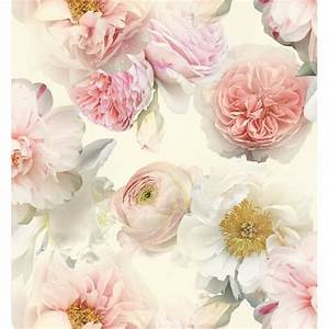 Arthouse Diamond Bloom Floral Wallpaper - Blush Decorating