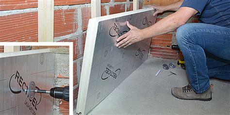 panneau mural cuisine comment isoler un mur avec des plaques de polyuréthane