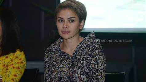 Nikita Mirzani Hanya Bisa Bahasa Indonesia Merahputih