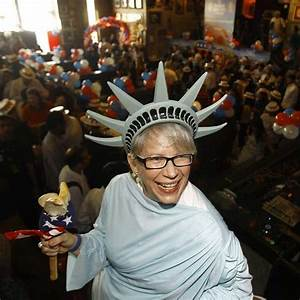 Obama win celebrated across world | World | News | Express ...