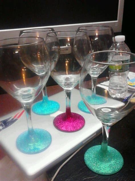 Bachelorette Party Favors Glitter Decorated Wine Glasses