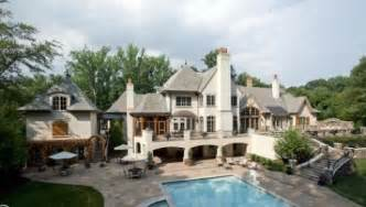 houses with inlaw suites d c area real estate listings guest houses and in suites make the holidays even happier