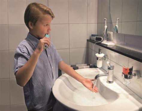 legionellen wie lange wasser laufen lassen ganz einfach wasser sparen