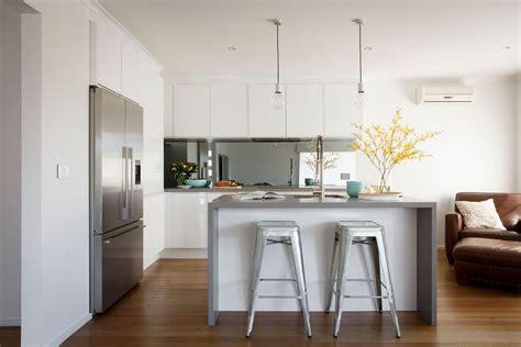 Freedom Kitchens Caesarstone Sleek Concrete Modern