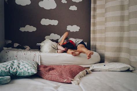 quand faire dormir bébé dans sa chambre les faire dormir ensemble bonne ou mauvaise idée
