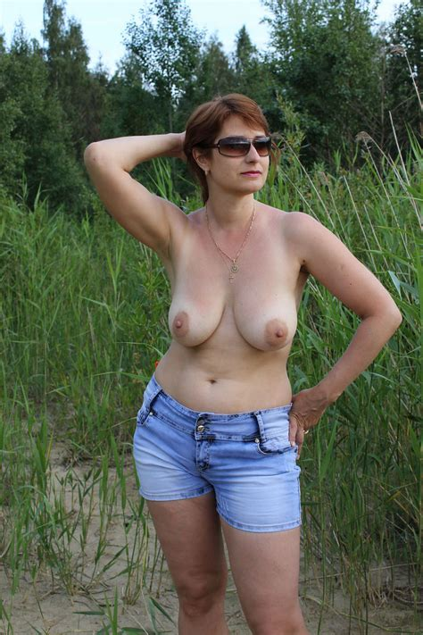 Russian Mature Wife With Big Boobs Posing Outdoors Russian Sexy Girls