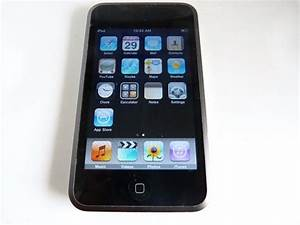 Great Condition Apple iPod touch 1st Generation Black (8GB ...