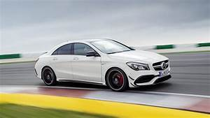 Mercedes Classe Cla Amg : 2017 mercedes amg cla45 top speed ~ Medecine-chirurgie-esthetiques.com Avis de Voitures