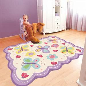 free with tapis papillon rose With tapis chambre bébé avec cravate fleur