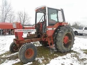 1586 International Farmall Parts Tractor