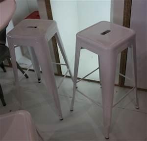 Chaise De Bar Tolix : tabouret de bar tolix betonboutik ~ Teatrodelosmanantiales.com Idées de Décoration