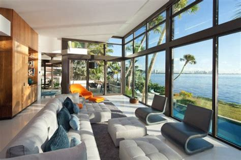 Glass Front Residence on the Water in Coral Gables