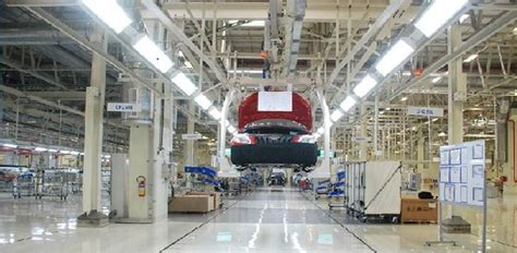 volkswagen plant sees   visitor autocar india
