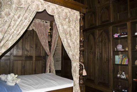 childrens bed with montbrun castle childrens bedrooms
