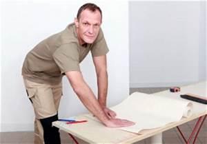 Vliestapete Tapezieren Untergrund : vliestapete tapezieren in 5 schritten zum erfolg anleitung ~ Watch28wear.com Haus und Dekorationen