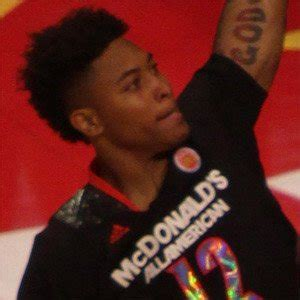 kelly oubre jr bio facts family famous birthdays
