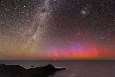 Red Aurora Over Australia Far Far Away Astronomy