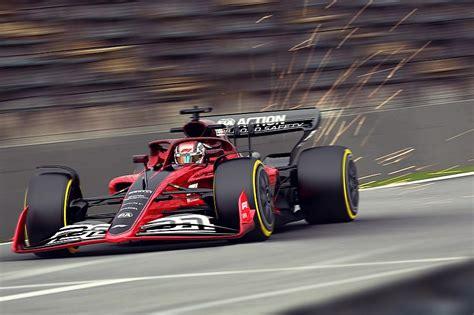 Zum thema formel 1 2021 findest du magazin, rennkalender, teams & fahrer, fahrerwertung, teamwertung, rennstrecken, diashows. GALERIA: Veja fotos do esboço do carro da Fórmula 1 para 2021