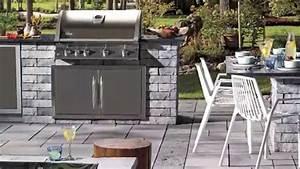 Comment construire une cuisine exterieure youtube for Comment construire une cuisine exterieure