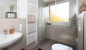 Chauffage Infrarouge Salle De Bain : poser un chauffage dans sa salle de bains ~ Dailycaller-alerts.com Idées de Décoration