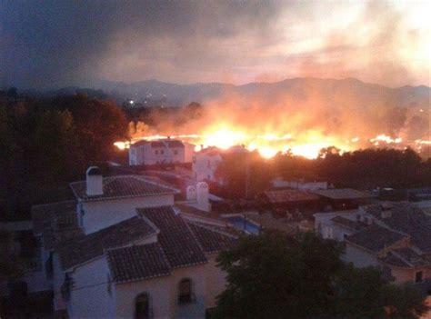 javea fire huge blaze  spanish holiday resort