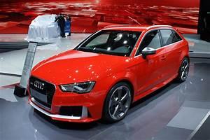Audi Rs3 Sportback : 362bhp audi rs3 sportback races in auto express ~ Nature-et-papiers.com Idées de Décoration