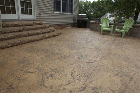 textured concrete patio b t klein s landscaping hardscapes patios