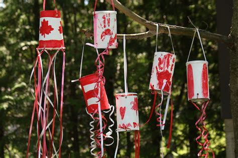 amazing diys  celebrate canada day resin crafts