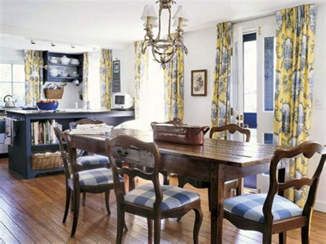 Farmhouse style dining room, french country dining room