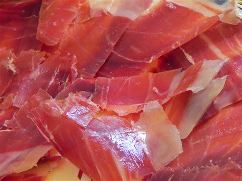 le jambon ib 233 rique espagnol de l ib 233 de cebo 224 l ib 233 de bellota a l heure espagnole
