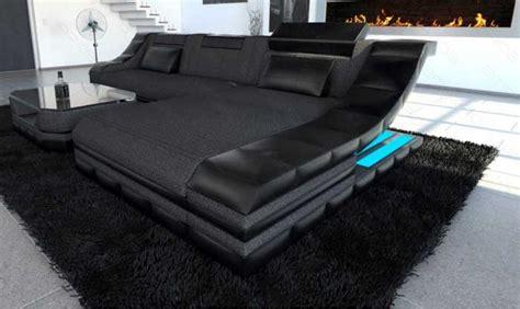 Couch Wohnzimmer Das Bieten Die Ideale Anzeige