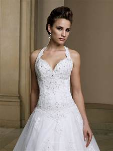 sweetheart halter wedding dress uk with embroidered lace With halter wedding dress