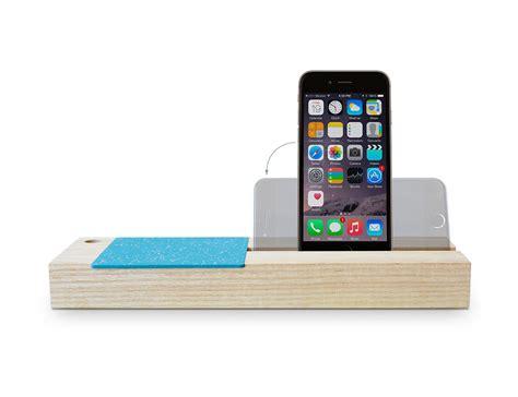 iphone 6 storage baxter iphone 6 dock storage 187 gadget flow