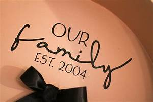 Vinyl lettering on cricut things for the house pinterest for How to cut out vinyl letters
