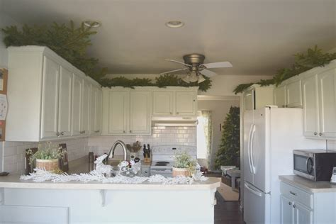 space between kitchen cabinets and ceiling space between kitchen cabinets and ceiling kitchen