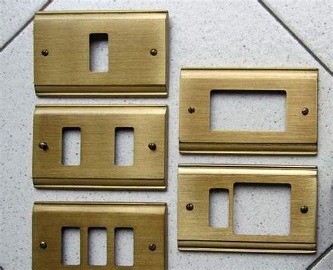 Placche Interruttori Design by Abbinare Il Colore Delle Placche Degli Interruttori All Arredo