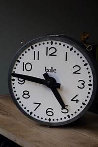 Horloge De Gare : ancienne grande horloge de gare brilli lumineuse double face ~ Teatrodelosmanantiales.com Idées de Décoration