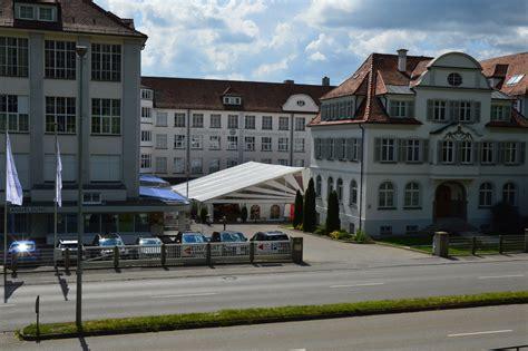 Fenster Und Tuerenkreisberufsschulzentrum In Biberach by Hochwertige Gardinen Direkt Vom Hersteller Gerster