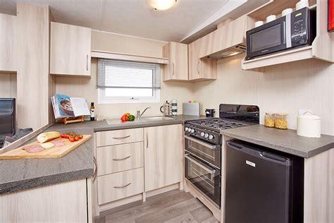 caravan kitchen cabinets static caravan kitchen units willerby static caravan 1990