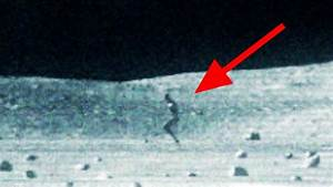 Former NASA Scientist speaks out: There's someone else on ...