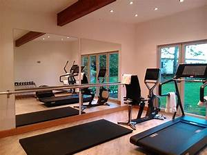 Fitnessraum Zu Hause : die besten 25 hauseigene fitnessstudio garage ideen auf pinterest keller fitnessraum garage ~ Sanjose-hotels-ca.com Haus und Dekorationen