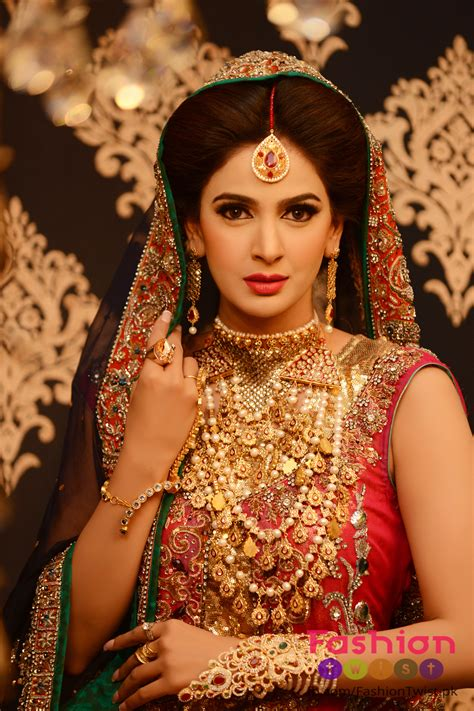 25 Best Ideas About Dulhan Makeup On Pinterest Indian Wedding Makeup