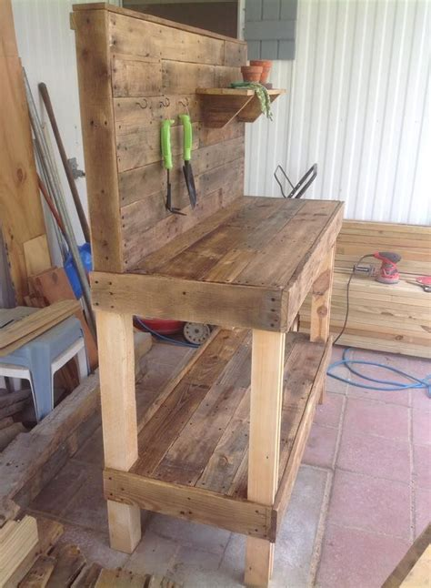 potting bench   repurposed wooden pallets